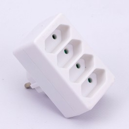 4 Outlet Adapter 2.5A White Label + Poly Bag
